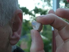 File:Hearing aid 20080620.jpg