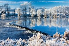 If you still don't love winter as much as we here at Now I've Seen Everything do, then we suggest that you check out this compilation of breathtaking photos. City Landscape, Winter Landscape, Beautiful Islands, Beautiful World, Beautiful Scenery, Places Around The World, Around The Worlds, Christmas In Ireland, Mysterious Places