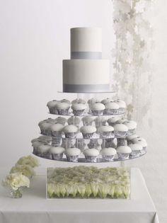 ► Pastel de boda con cupcakes. #pasteles #boda