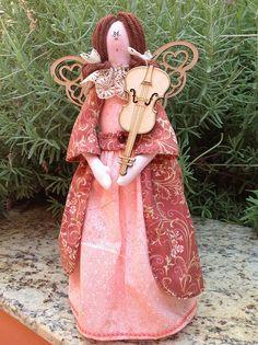 Mais uma anjinha musical... by Tia Fada, via Flickr