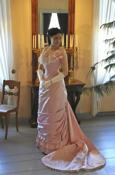 Another unbelievably well crafted gown from this lady - Before the Automobile: Natural form ball gown, the Toulmouche project