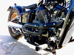1995 Honda bobber, by free kustom cycles. Motorcycle Exhaust, Motorcycle Types, Bobber Motorcycle, Honda Motorcycles, Motorcycle Outfit, Custom Motorcycles, Custom Bikes, Bobber Helmets, Honda Shadow Bobber