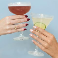 Every Monday evening should look this good. Drop by all week between 4-5 for FREE services and stay for a cocktail or two (offer limited to polish changes, nail art, massage, and make-up). Guests will have the opportunity to donate to Sick Kids Hospital all while getting glam with a charitable give back from HMP. #LoveHMP #PreTIFFPampering #ManiMonday #Nailart #Nailbar #beautybar #KingWest #treatyourself #TIFF15