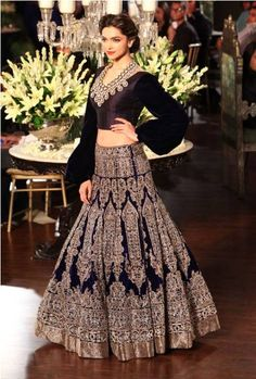 #Deepika Padukone #Bollywood #Actress #ManishMalhotra #Outfit