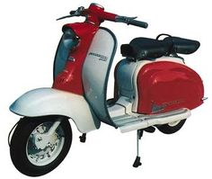 This was the Lambretta my dad had. Retro Scooter, Scooter Custom, Lambretta Scooter, Scooter Motorcycle, E Scooter, Vespa Scooters, Pictures Of Scooters, Italian Scooter, Old Advertisements