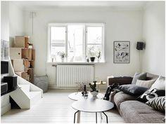 BEAUTIFUL HOME WITH A BLACK KITCHEN (via Bloglovin.com )