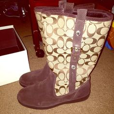 (MAKE OFFERS!) Signature Coach Boots Beautiful brown. Suede front at toe. Buckles on sides. Includes box! ☺️ Coach Shoes