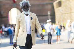 """Résultat de recherche d'images pour """"pitti uomo 92 street style"""""""