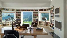bibliothèque encastrée dans les murs