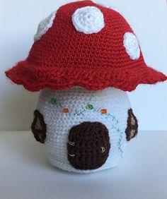 Ravelry: mushroom house pattern by Ingrid Geerings