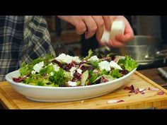 Sałatka z pieczonego czerwonego buraka / Oddaszfartucha - YouTube Beets, Sprouts, Vegetables, Youtube, Food, Recipies, Salads, Essen, Vegetable Recipes