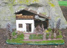 A beautiful traditional #nativity scene: http://www.1-2-do.com/de/
