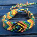 In opdracht gemaakt voor een #kickbokser #vriendschapsarmbandjenaarwens #armbandjeinopdracht #armbandjeopverzoek #jongensbandje #kracht #armband #cadeautje #armbandvooreenkickboxer #Good2get . I made this #bracelet on request for a kickboxer; it gives him #strength #power #friendshipbracelet #boysbracelet #braceletforakickboxer #knotted #knot #symbol #gift #symbool