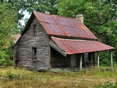 . Old Abandoned Buildings, Old Buildings, Abandoned Places, Abandoned Homes, Country Barns, Old Barns, Barn Drawing, Old School House, Shed Homes