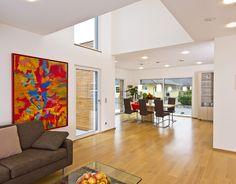Haus FUTURE - Offener Wohn- Essbereich - Fertighaus WEISS - Plusenergiehaus - Satteldach - living