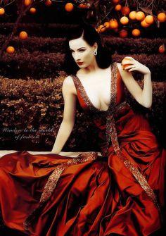 Dita style queen