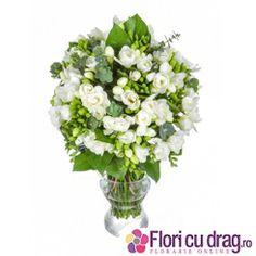 Buchet superb de 8 Martie - http://www.floricudrag.ro/53-flori-de-1-8-martie