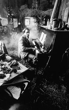 Thelonious Monk at DuckDuckGo Jazz Artists, Jazz Musicians, Music Artists, Musician Photography, Band Photography, France Culture, Thelonious Monk, Jazz Poster, Le Piano