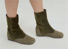 Lovely boots - not for a warm wedding though...