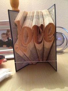 Hey, I found this really awesome Etsy listing at https://www.etsy.com/uk/listing/264023425/love-book-folding-pattern