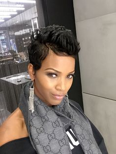 Ideas and Trends Short cuts for the season Image Description Makes me miss my short hair Cute Hairstyles For Short Hair, Girl Hairstyles, Curly Hair Styles, Natural Hair Styles, Short Sassy Hair, Short Hair Cuts, Pixie Cuts, Love Hair, Great Hair