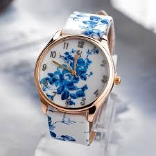 Orologio blu and white