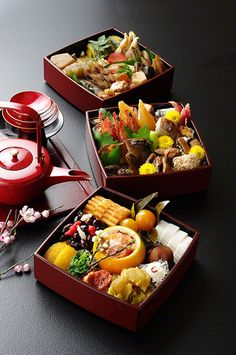 Gorgeous Japanese New Year's Food, Osechi ༺ ♠ ŦƶȠ ♠ ༻ Osechi is arguably the most important meal of the year in Japan. Each dish is served as a symbol or wish for the coming year