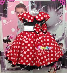Vestido da Minnie com bolinhas brancas