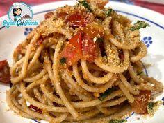 Pane Tostato, Alice, Ethnic Recipes, Food, Gastronomia, Essen, Meals, Yemek, Eten