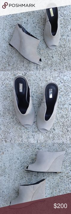 Schutz Cement Nubuck leather slip on wedge mules Perfect neutral pair of peep toe wedge slip on mules in a beautiful cement grey color. Genuine Nubuck leather. Brand new, never worn. SCHUTZ Shoes Mules & Clogs