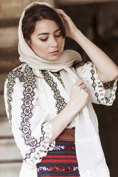 Alina Raducea is an international fashion photographer & film maker based in London, UK. Folk Costume, Costumes, Armenia, International Fashion, Filmmaking, Ukraine, Medieval, Artisan, Anna