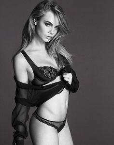Topmodel Cara Delevingne in der neuen Modekampagne von La Perla