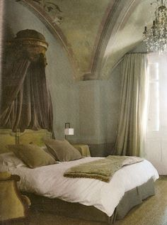 """Cote Sud Dec-Jan : Charming domed """"ceil de lit"""" (sky of the bed) elevates bed's stature… Crystal drops glittering in the cool blue-green light above… Most of the drama in the room design takes place overhead Dream Bedroom, Home Bedroom, Bedroom Furniture, Bedroom Decor, Castle Bedroom, Shabby Bedroom, Romantic Bedrooms, Small Bedrooms, Guest Bedrooms"""