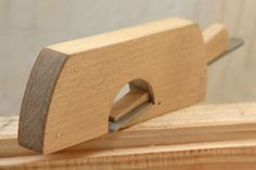 Lumberjocks: Low angle shoulder plane of wood DIY