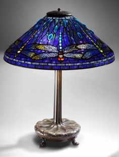 Art Nouveau Blue Dragonfly Lamp by Louis Comfort Tiffany Tiffany Stained Glass, Stained Glass Lamps, Tiffany Glass, Leaded Glass, Stained Glass Windows, Mosaic Glass, Glass Art, Louis Comfort Tiffany, Antique Lamps