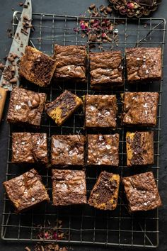 Salted Cookie Crinkle Top Brownies | halfbakedharvest.com Brownie Toppings, Cookie Brownie Bars, Brownie Recipes, Chocolate Fudge Frosting, Homemade Chocolate Chip Cookies, Fun Desserts, Delicious Desserts, Half Baked Harvest, Fudgy Brownies