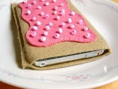 Pop tart i-pod holder, cute!