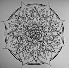 coloriage-adulte-realise-03 #mandala #coloriage #adulte via dessin2mandala.com
