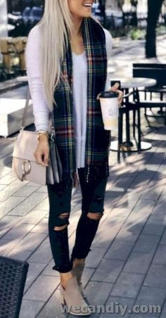 28 Cool Women Fall Outfits And Trends To Copy This Season Outfits 2019 Outfits casual Outfits for moms Outfits for school Outfits for teen girls Outfits for work Outfits with hats Outfits women Outfit Jeans, Jean Jacket Outfits, Mom Outfits, Casual Outfits, Cute Outfits, Layering Outfits, Vacation Outfits, Fall Winter Outfits, Autumn Winter Fashion