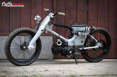 Rad cub with custom rear suspension. Vintage Bikes, Vintage Motorcycles, Custom Motorcycles, Scooters, Honda Cub, Custom Moped, Custom Bikes, Motos Honda, Honda Ruckus