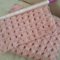 Crochet Stitches, Knit Crochet, Crochet Hats, Knitting Patterns, Crochet Patterns, Baby Vest, Hairpin Lace, Sunflower Tattoo Design, Cardigan Pattern