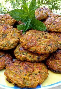 Finger Food Appetizers, Appetizer Recipes, Vegetarian Recipes, Cooking Recipes, Healthy Recipes, The Kitchen Food Network, Low Sodium Recipes, World Recipes, Greek Recipes