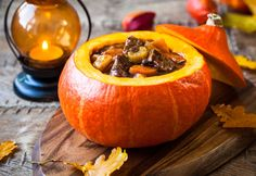 Beef Stew Baked in a Pumpkin ~ an Amazing Fall Meal You Absolutely Have to Try This hearty beef stew baked in a pumpkin will stick to your ribs and is the perfect meal for the cooler days of Autumn. Pumpkin Stew, A Pumpkin, Pumpkin Recipes, Pumpkin Chili, Thanksgiving Recipes, Fall Recipes, Holiday Recipes, Hearty Beef Stew, Venison Stew