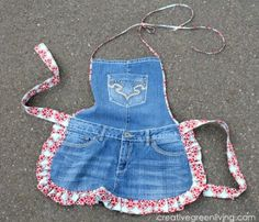 ~I love this, and happen to have an old pair of overalls that has been turned into cutoff shortalls that I never wear...