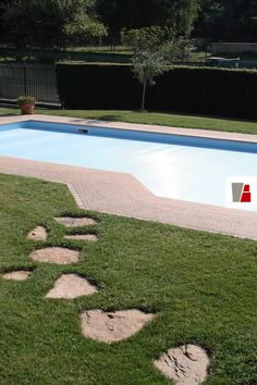 Blue, Green and Rose: only natural colour and natural elements for this private pool. Private Pool, Natural Stones, Stepping Stones, Blue Green, Colour, Rose, Garden, Outdoor Decor, Nature