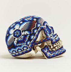 Бисерная черепушка / Арт-объекты / Модный сайт о стильной переделке одежды и интерьера