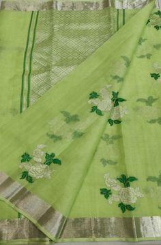 Shop more Handloom Kota Doria Saree at Luxurionworld. Cotton Saree Blouse Designs, Saree Blouse Patterns, Bengal Cotton Sarees, Saree Painting, Checks Saree, Saree Trends, Saree Models, Mumbai, Silk Sarees Online
