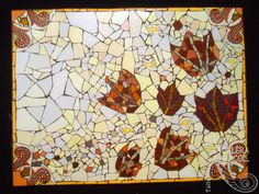 Mesa realizada por Adriana Matossian. http://tallerescaleracaracol.com/artes-del-fuego/mosaico/mosaico-libre-para-principiantes/
