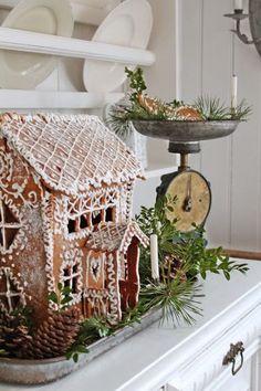 VIBEKE DESIGN: Tallerkenhylle i juledrakt !