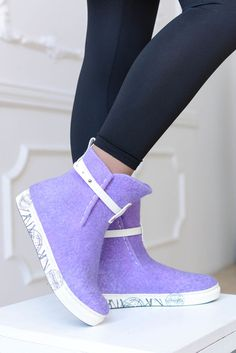 High Heel Boots, Heeled Boots, Shoe Boots, High Heels, Boot Over The Knee, Felt Boots, Fancy Shoes, Felted Slippers, Slipper Boots